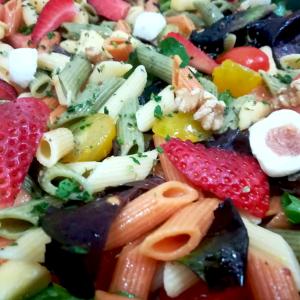 Ensalada de frutas y nueces