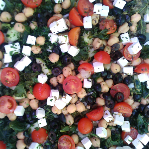 Ensalada Kale y tomate raf